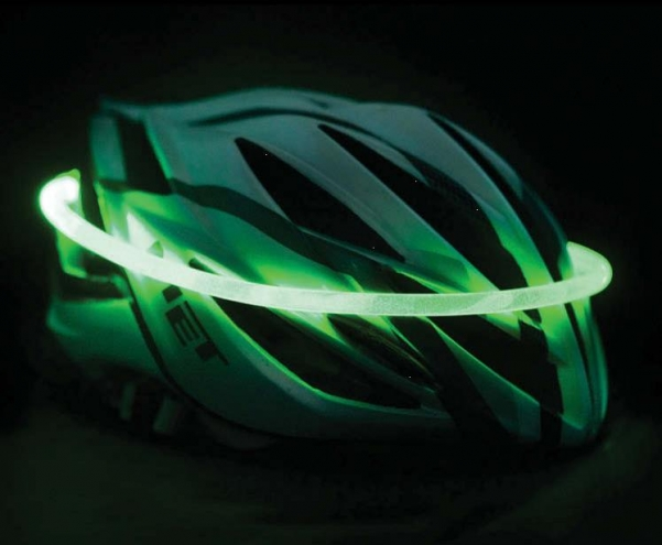 FHOSS Safety Wear move into the consumer market with lighting products for cyclists