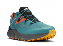 URBAN ACTIVEEXPERIENCE: A waterproof breathable technical hiker for a variety of outdoor experiences