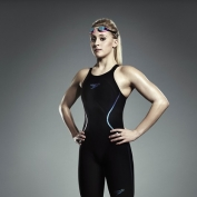 Speedo re-signs Siobhan-Marie O'Connor