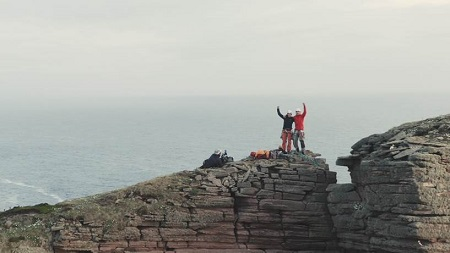Jesse and Molly celebrating the first lead climb of the Old Man of Hoy(©Alastair Lee/Brit Rock Film Tour 2019)
